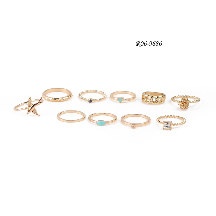 Fashionable Ring Set R06-9686