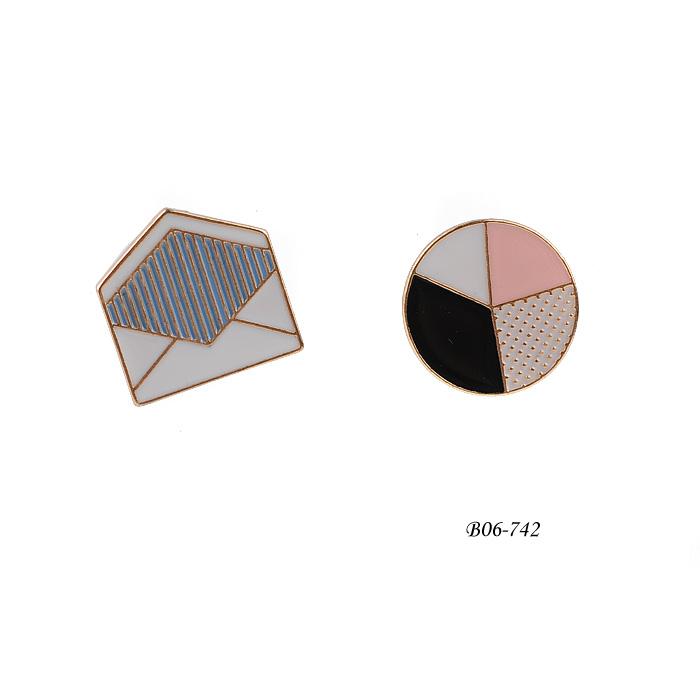 Brooch B06-742
