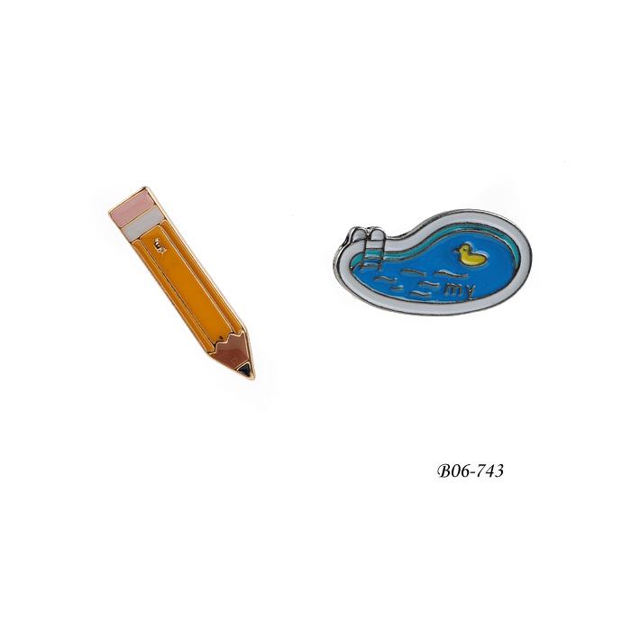 Brooch B06-743